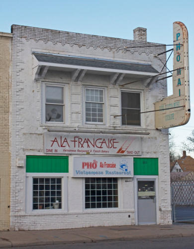 823 University Avenue, as Ala Francais and Pho Vietnamese Restaurant